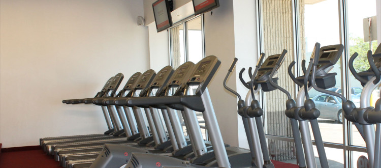 039999bf68 If you ve ever stood in a large gym facing the plethora of equipment and  options at your disposal
