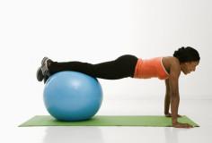 photodune-423472-woman-doing-push-ups-xs