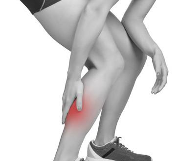 photodune-3989841-pain-in-the-leg-xs