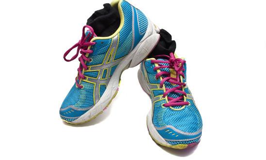 photodune-3537177-sneakers-xs-1