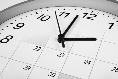 photodune-3851472-clock-face-and-calendar-time-management-concept-xs