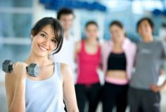 photodune-431567-woman-lifting-free-weights-xs