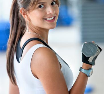 photodune-431265-woman-lifting-free-weights-xs