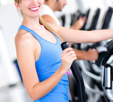 photodune-3054410-woman-training-at-the-gym-xs-1