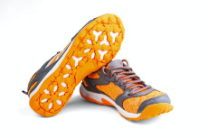 athletic unisex shoes