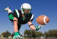photodune-1336511-american-football-player-xs