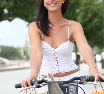 photodune-2599568-woman-riding-bike-xs