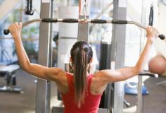 photodune-324416-woman-weight-training-at-gym-xs