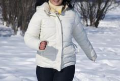 photodune-1081653-woman-running-in-winter-xs