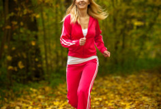 photodune-6461260-blonde-girl-young-woman-running-jogging-in-autumn-fall-forest-park-xs