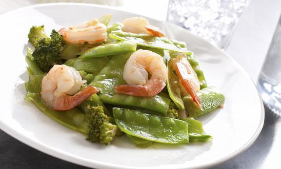photodune-7092397-stirfry-a-snow-peas-shrimp-dish-xs