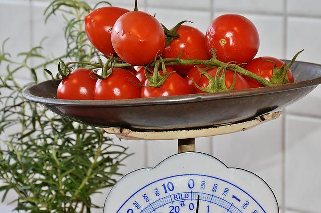 tomato-1207553_640