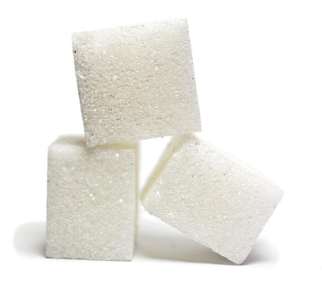 lump-sugar-549096_640 (1)